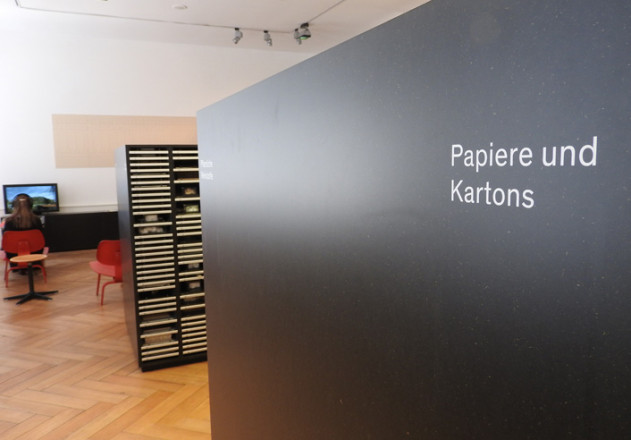 materialarchiv-papiere-kartons